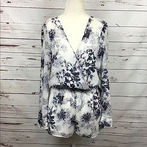 Free People   Floral Print Romper White/Blue XS